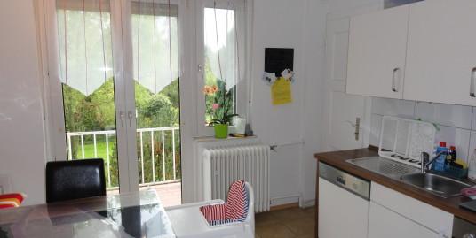 Tolle 3-Zimmer Wohnung mit modernem Duschbad im gepflegten Umfeld